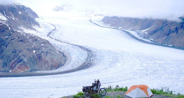 Camping Salmon Glacier, Canada